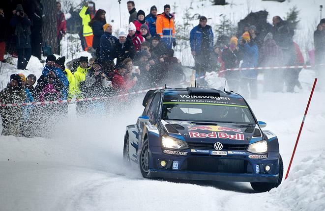 Sebastien Ogier flyger mot sin andra seger i Rally Sweden