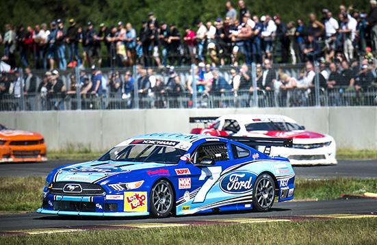Mattias Lindberg, Vankiva kör V8 Thunder Cars på Lungbyhed för Bryntesson Motorsport.