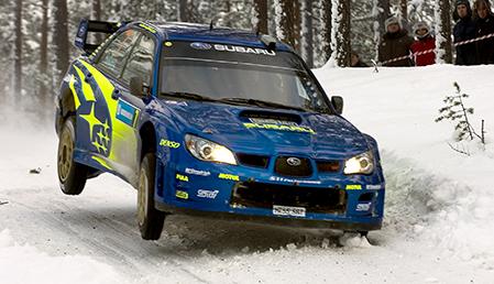 0070209 Så här långt är Petter Solbeerg överraskad över att han hänger med så pass att han håller tredje platsen. Laddningen med Subarun var där inget fel på. Bild: Tommy Svensson