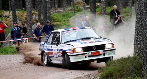 (Vimmerby, Midnattssolsrallyt, 2016-06-28/07-02) Kjell Sandberg/Göran Lönnmark, Haninge MK/Flens MS, Opel Ascona 400 – Historic. Foto: THOMAS LINDBERG