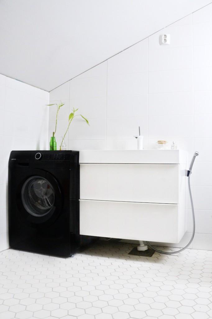 kylpyhuonebathroom_interior_yellowmood_whitebathroom_modernbathroom180