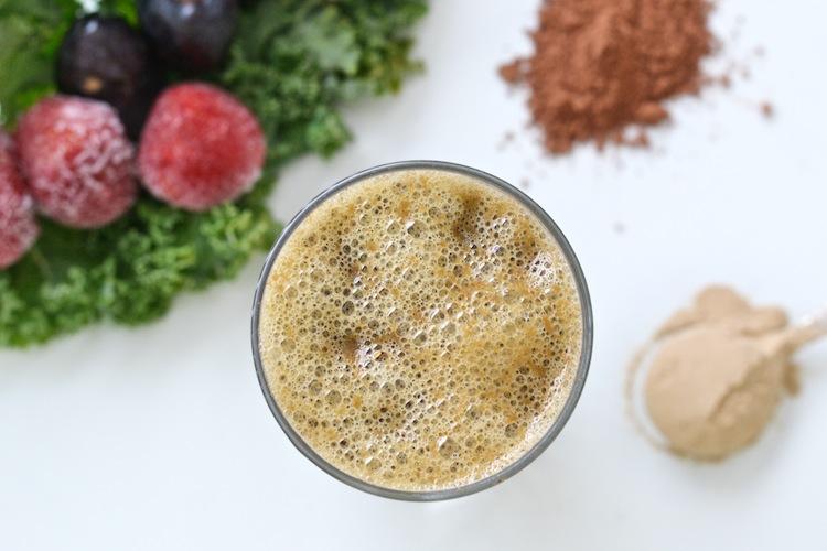 kale_antioxidants_superfood_rawfood_smoothie_FSFprincess_foursigmafoods_yellowmoos 5