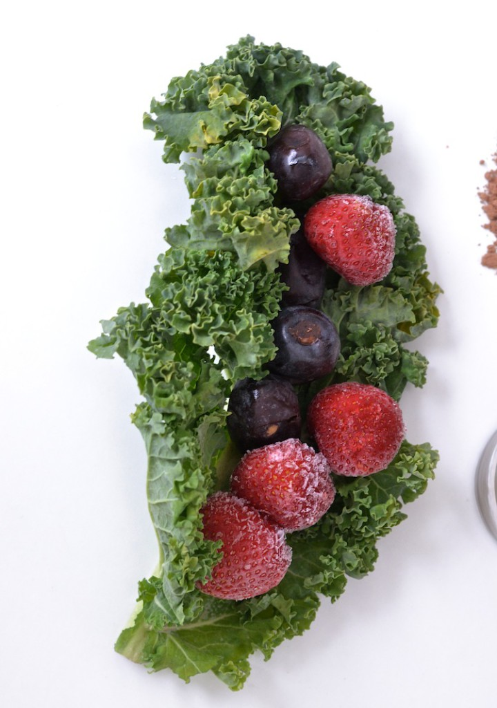 kale_antioxidants_superfood_rawfood_smoothie_FSFprincess_foursigmafoods_yellowmoos 4