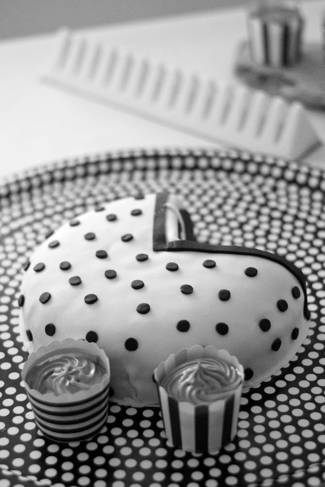 babyshower_party_cupcakes_Babyshowercake_decoration3