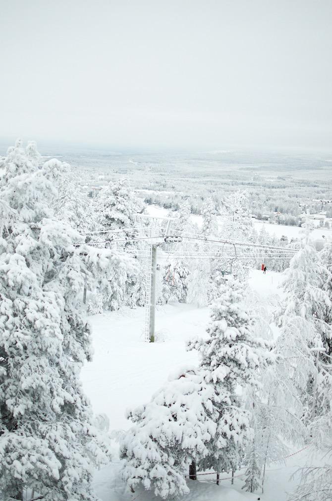 yellowmood_winter_rovaniemi_ounasvaara_skyhotelli_snow7