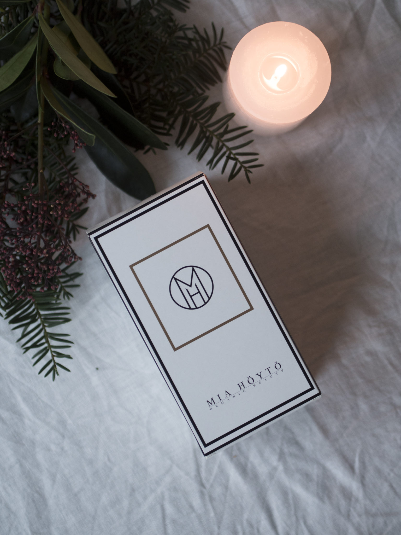 Mia Hoyto Cosmetics joulupaketti