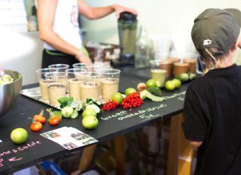 Raw Dessert Collection: Saskatoon-valkosuklaa-unelmakakku à la Lotus Lounge