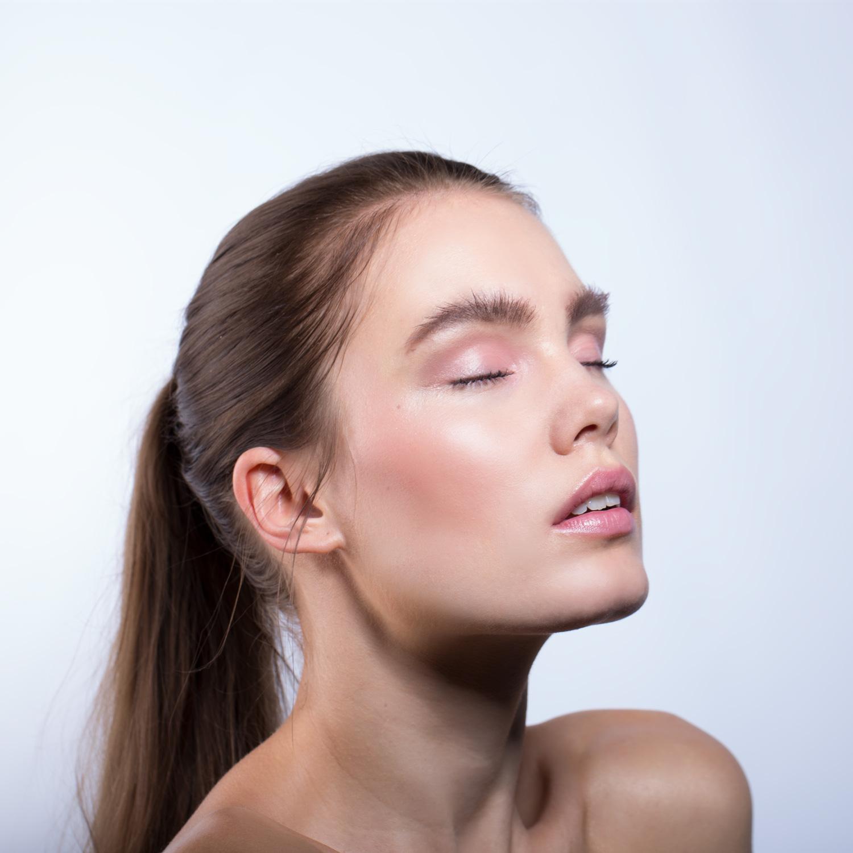 PITITI blush model