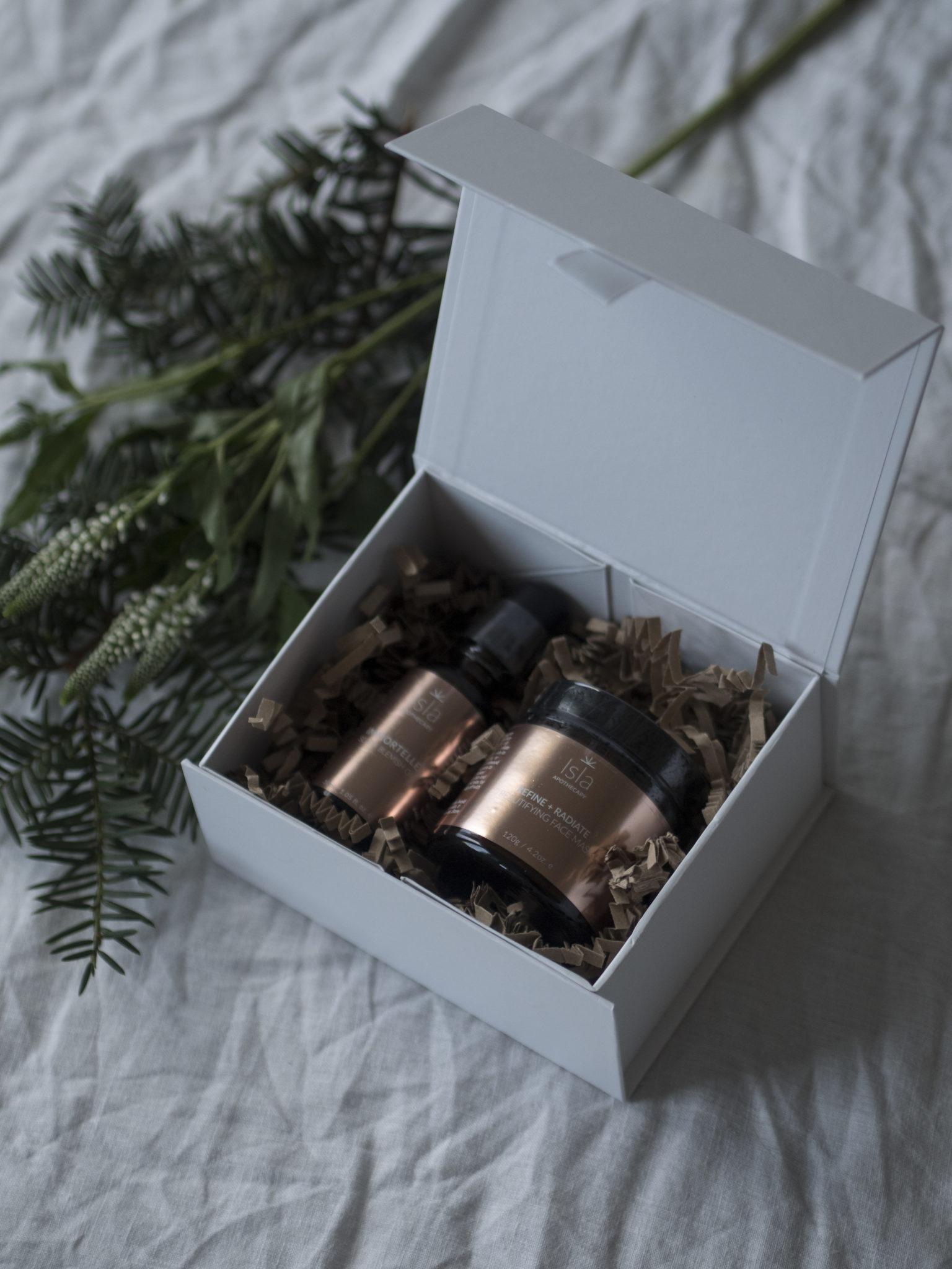 Isla Apothecary joulupaketit