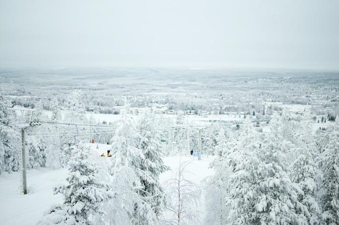 yellowmood_winter_rovaniemi_ounasvaara_skyhotelli_snow5