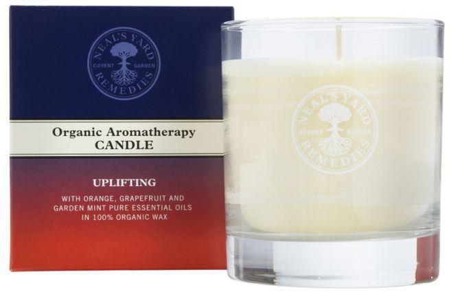 5003_Aromatherapy_Candle_Uplifting_300dpi