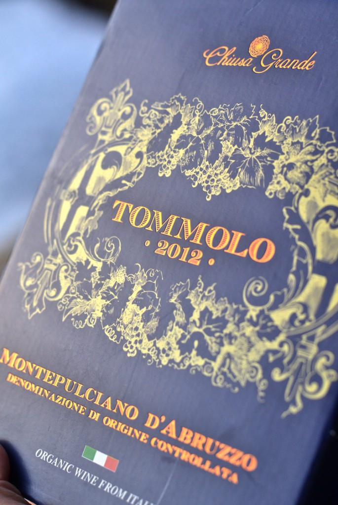 tommolo2012_organicwine_luomuviini_yellowmood_wine 2