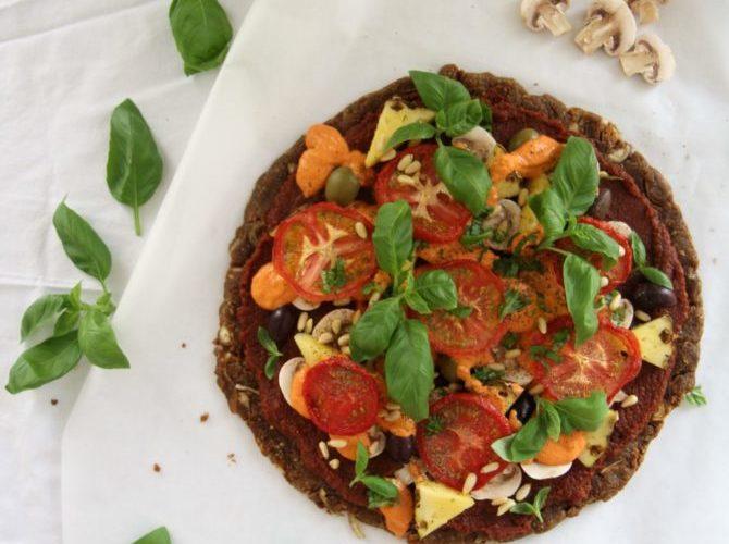 Raakapizza tomaatti-basilika