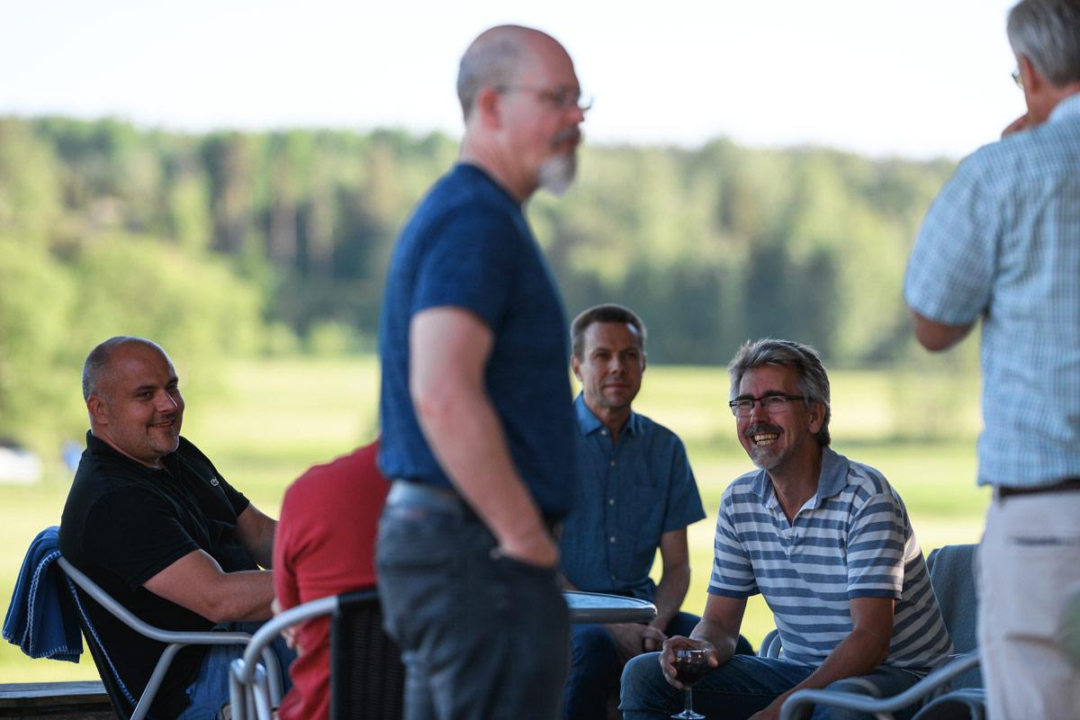 Motorvägsträff på golfbanan utanför Nyköping