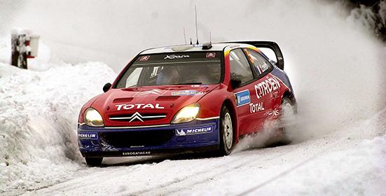 2004 02 07 Sebastien Loeb forsar mot  seger i Svenska Rallyt. Bild. Tommy Svensson