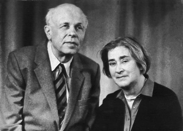 Андрей Сахаров с Еленой Боннэр, второй женой, оказавшей сильное влияние на его правозащитную деятельность