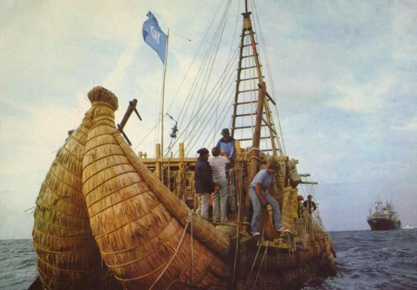 Тростниковая лодка «Тигрис», на которой в 1977 году Хейердал пересек Персидский залив, а затем сжег ее в знак протеста против войн