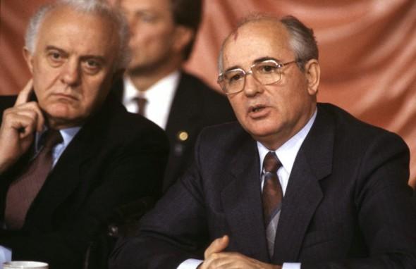 Шеварнадзе был одним из важнейших соратников Горбачева в деле перестройки и гласности