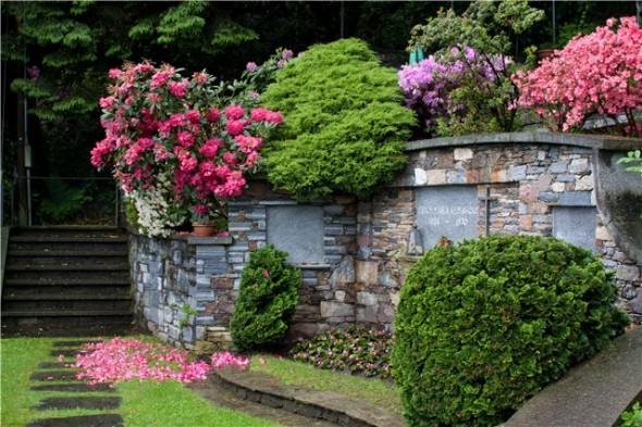 Могильный памятник Ремарку в Ронко, Швейцария