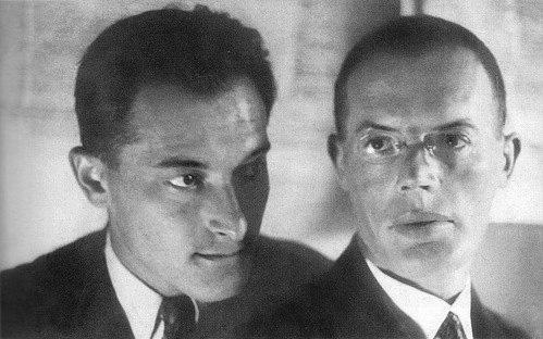 Евгений Петров (слева) и Илья Ильф