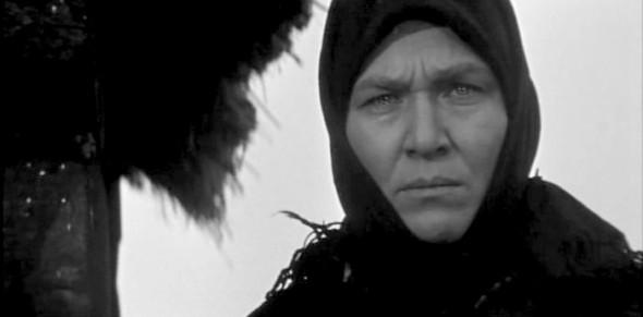 Героиня Риммы Марковой в кинофильме «Бабье царство»