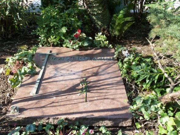 Могила Мастроянни на кладбище Верано в Риме