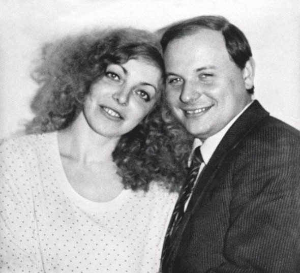 Егор Гайдар с супругой Марией Стругацкой