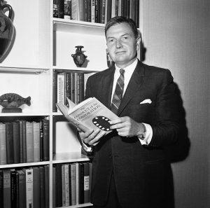 Дэвид Рокфеллер в 1964 г.