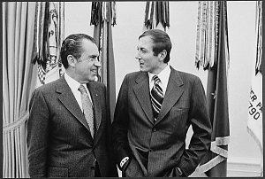 Евгений Евтушенко и 37-й президент США Ричард Никсон