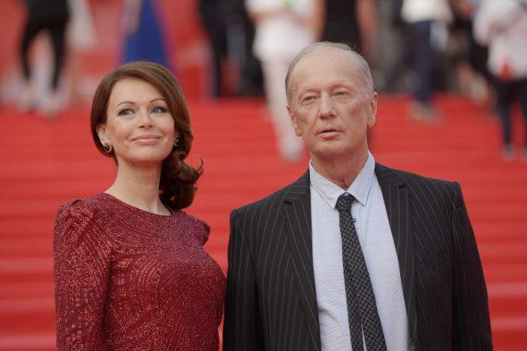 На красной дорожке с актрисой Ириной Безруковой